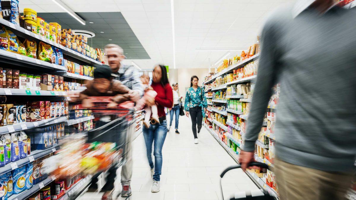 Supermarkets Versus Small Traders
